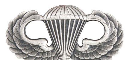 U.S. Ejtőernyős jelvény 1544